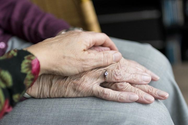 Krankenzusatzversicherung ohne Wartezeit - Sicher im Alter
