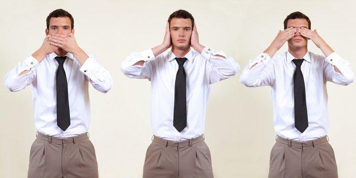 Grundfähigkeitsversicherung - ein Mann, der nicht sehen, nicht sprechen und/oder nicht hören kann.